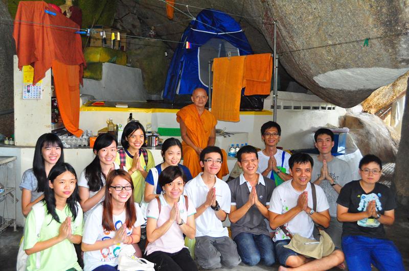 group-photo-devotees